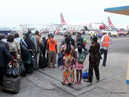 A l'embarquement à l'aeroprt de N'djili (Kinshasa). Google