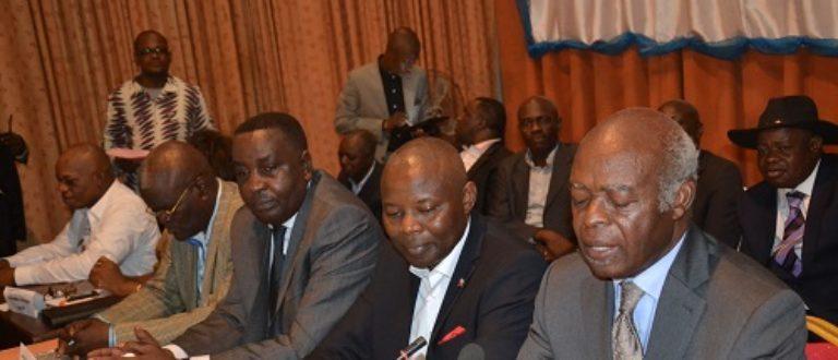 Article : L'éventuel 3e mandat de Kabila scinde l'opposition